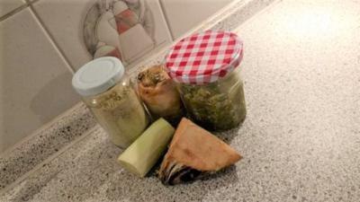 Rezept: Gemüsesalz aus Resten