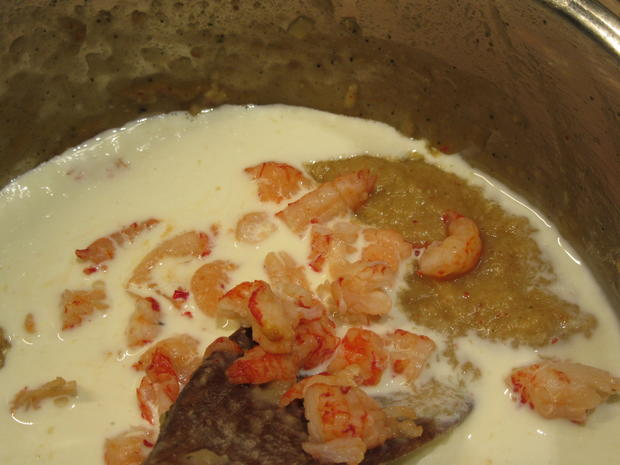 Fisch: Seesaibling mit Krebsfleischsoße und Wurzelpüree - Rezept - Bild Nr. 6722