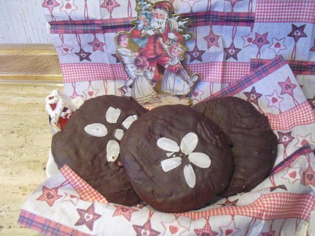 Uschi´s Lebkuchen mit Schoko-Glasur - Rezept - Bild Nr. 6792