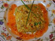 Gebratener gelber Basamatireis mit Ei, Hähnchenfleisch und Gemüse - Rezept - Bild Nr. 6773