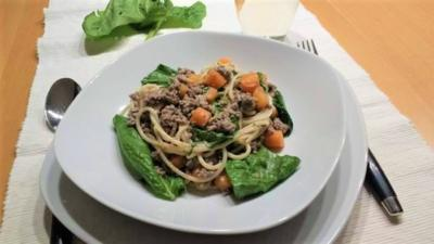 Dinkelspaghetti mit Spinat - Bolognese - Rezept - Bild Nr. 6773