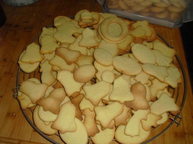 Weihnacht s Plätzchen Butterplätzchen - Rezept - Bild Nr. 6777