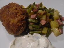 """Frikadellen """"Cordon bleu"""" mit Kartoffel-Bohnen-Salat und Dip - Rezept - Bild Nr. 6777"""