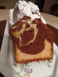 Marmorkuchen mit Marzipan - Rezept - Bild Nr. 6786
