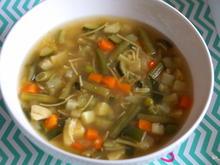 Gemüse-Suppe bei Erkältung - Rezept - Bild Nr. 2