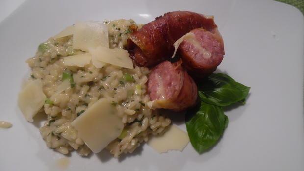Kräuter-Risotto mit gefüllter Salsiccia im Schinken-Mantel - Rezept - Bild Nr. 6828