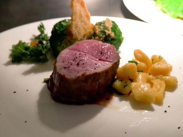 Rinder- und Kalbsfilet, Gnocchi, Broccoli, dunkle Soße - Rezept - Bild Nr. 2