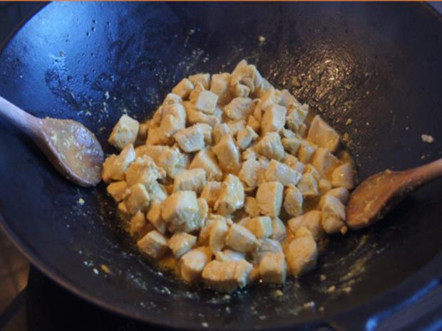 Indisches Hähnchenbrustfilet-Curry im Wok mit Jasmin-Reis - Rezept - Bild Nr. 6887