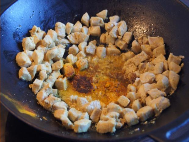 Indisches Hähnchenbrustfilet-Curry im Wok mit Jasmin-Reis - Rezept - Bild Nr. 6891