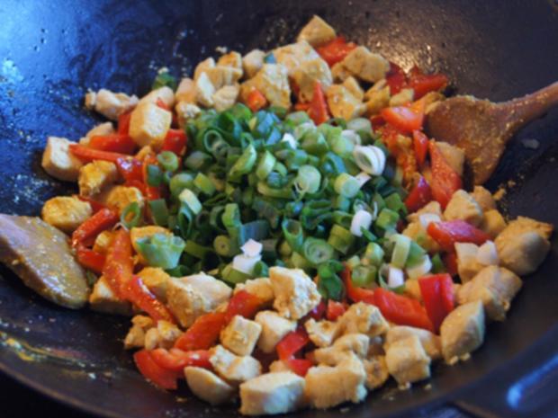 Indisches Hähnchenbrustfilet-Curry im Wok mit Jasmin-Reis - Rezept - Bild Nr. 6895