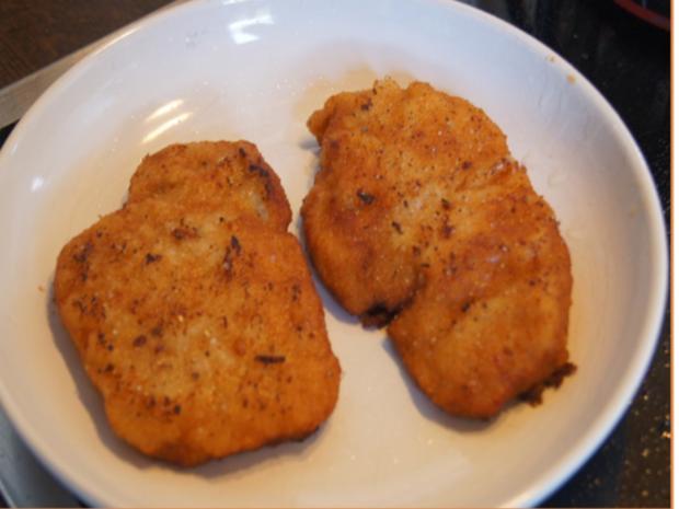 Alm-Schnitzel mit herzhaften Bratkartoffeln - Rezept - Bild Nr. 7