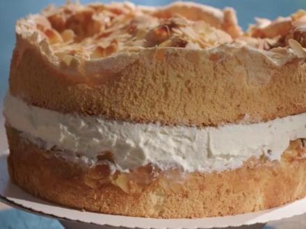 Stachelbeer-Baiser-Torte - Rezept - Bild Nr. 2
