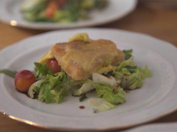 Omas Dorschfilet mit Aioli auf Salat, karamellisierten Pistazien und Balsamicotomaten - Rezept - Bild Nr. 6932