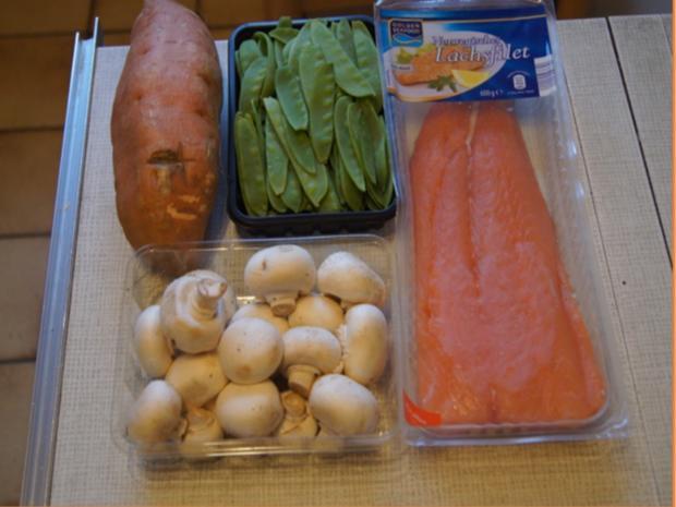 Backofenlachsfilet auf Champignons mit Zuckerschotenpüree und Süßkartoffelstampf - Rezept - Bild Nr. 6937