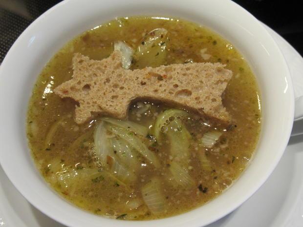 Suppen: Fränkische Zwiebelsuppe - Rezept - Bild Nr. 6943