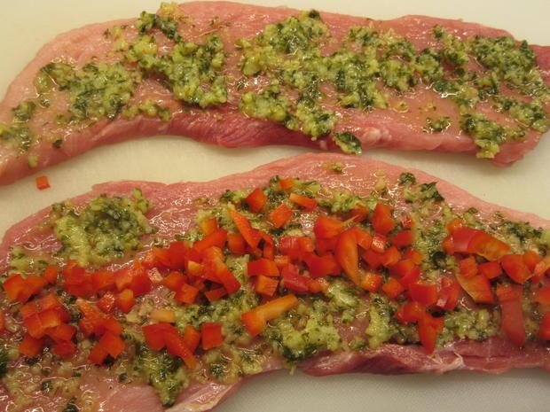 Fleisch: Schweinerouladen a´la Mamma di Toscana mit Peperonata-Soße - Rezept - Bild Nr. 6945