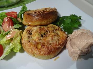 Rezept: Kartoffel-Hackfleisch-Schnecken mit Dip