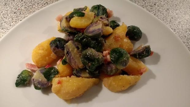 Kartoffel - Rosenkohl - Salat - Rezept - Bild Nr. 6995