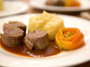 Rouladen wie von Mutti mit Kartoffel-Sellerie-Stampf und Karotten-Röschen - Rezept - Bild Nr. 6985