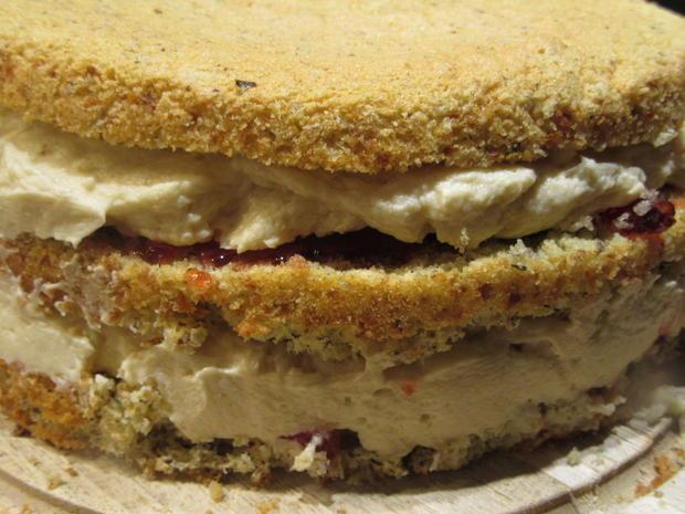 Backen: Bailey´s-Buttercreme-Torte (20iger Form) - Rezept - Bild Nr. 7014