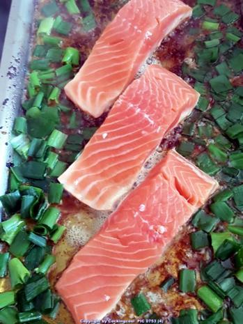 Biggi`s Fisch = Lachs an Käse-Creme-Spinat und Salzkartoffel - Rezept - Bild Nr. 7028