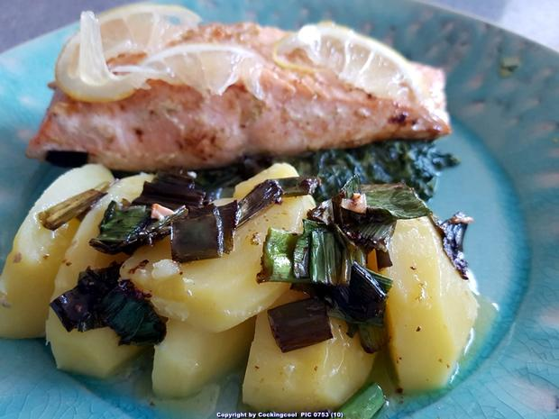 Biggi`s Fisch = Lachs an Käse-Creme-Spinat und Salzkartoffel - Rezept - Bild Nr. 7034