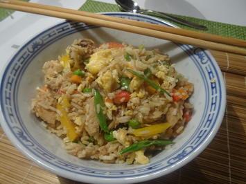 Gebratener Eier-Reis mit Huhn - Rezept - Bild Nr. 7060