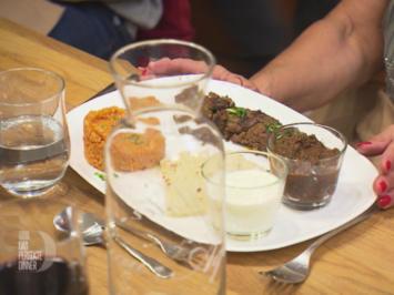 Adana Spieß mit Bulgur, Brot und zweierlei Dips  - Rezept - Bild Nr. 7076