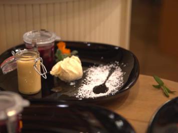 Rote Grütze mit Vanilleeis und Eierlikör - Rezept - Bild Nr. 7082