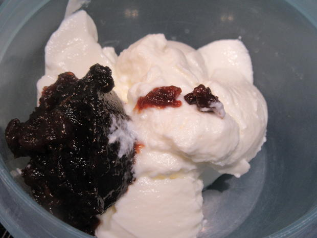 Backen: Kernige Sahnewaffeln mit Joghurt-Powidl*-Füllung - Rezept - Bild Nr. 7095