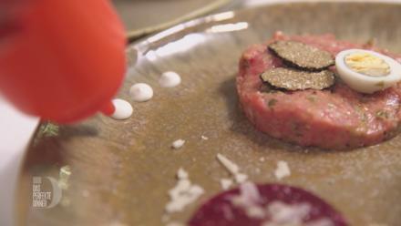 Beef-Tartar, Rote-Bete-Carpaccio und Steinpilzsüppchen - Rezept - Bild Nr. 7089