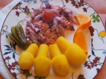 Herzhafter Matjessalat mit Kartoffelpilzen - Rezept - Bild Nr. 2
