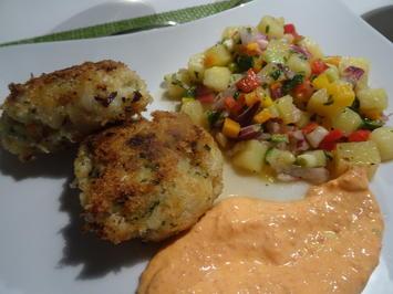 Rezept: Fisch-Frikadellen mit buntem Kartoffelsalat und Ajvar-Dip