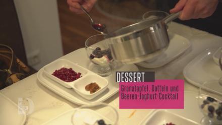 Beerentraum mit Rosmarin, Granatapfel mit Rosenwasser und gefüllten Datteln - Rezept - Bild Nr. 2