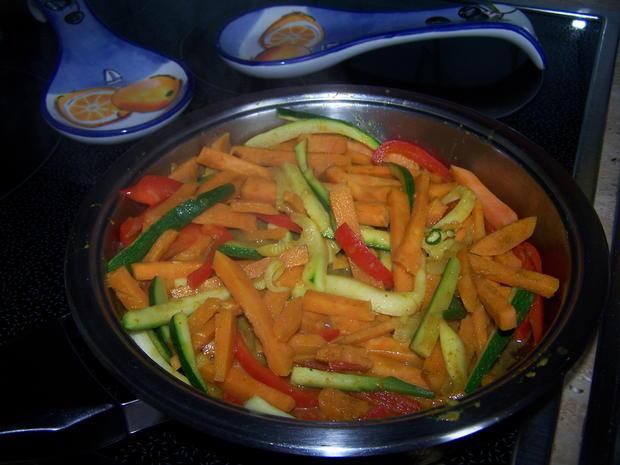 Gemüse mit Curry-masala- Kokos- Soße - Mango - Rezept - Bild Nr. 7158