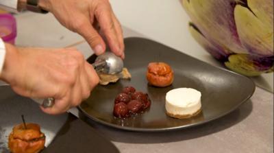 Eiskalter Kuss von der Nuss, White Chocolate Cheesecake, Bratapfel, Gewürzkirschen - Rezept - Bild Nr. 7162