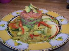 Räucherlachs Tatar mit Avocado und Gemüse Soße - Rezept - Bild Nr. 7162