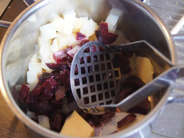 Kohlrabi-Schnitzel mit Brokkoli und Rote Bete-Sellerie-Stampf - Rezept - Bild Nr. 7174