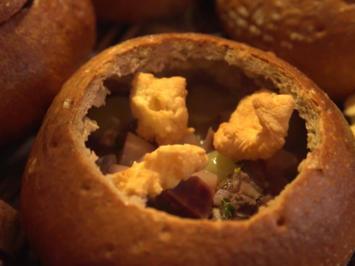 Lombardische Suppe in gebackenem Brot - Rezept - Bild Nr. 7162