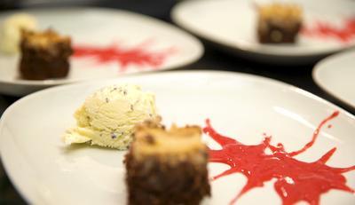 Brownie mit Cheesecake Topping und Lavendeleis - Rezept - Bild Nr. 7195