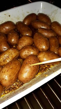 Kicher-Schnitzel, Röstkartoffeln und Curry-Lauch - Rezept - Bild Nr. 7574