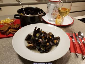 Biggi`s Fisch = Miesmuscheln mit Weisswein und Knobi (rheinische Art) - Rezept - Bild Nr. 2