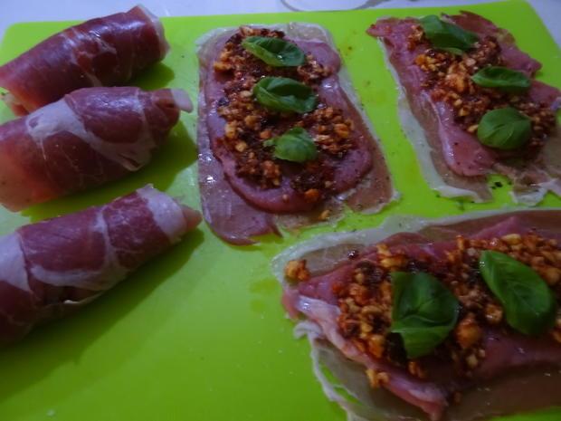 Kalbs-Involtini, Parmesan-Soße und Polenta-Sticks - Rezept - Bild Nr. 7575