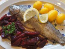 Regenbogenforelle mit Rote-Bete-Salat und gelben Drillingen - Rezept - Bild Nr. 2