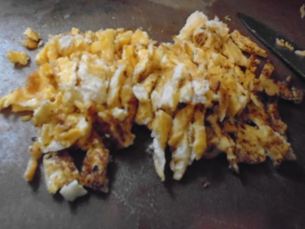 Chinesische Bratnudeln mit Knusper-Schnitzelchen und Chinakohl Salat - Rezept - Bild Nr. 7
