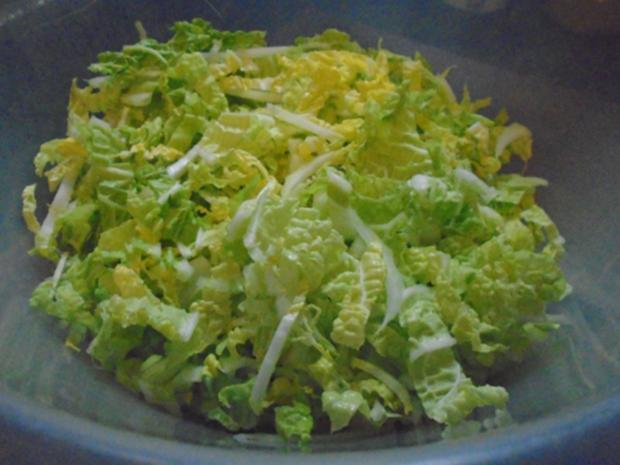 Chinesische Bratnudeln mit Knusper-Schnitzelchen und Chinakohl Salat - Rezept - Bild Nr. 24