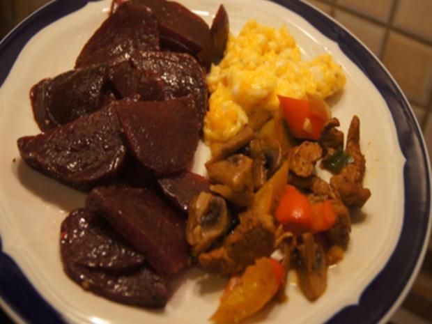 Rührei mit Rote Bete und Gemüse-Schweinefilet-Wok - Rezept - Bild Nr. 3