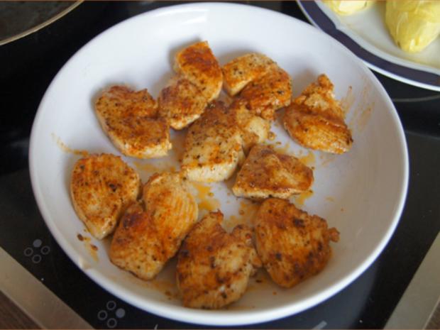Hähnchenbrustfiletschnitzelchen mit Chicoree und Knollenselleriestampf - Rezept - Bild Nr. 7640