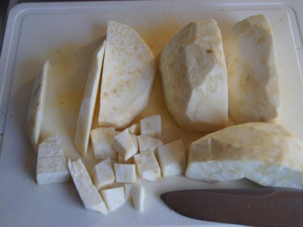 Hähnchenbrustfiletschnitzelchen mit Chicoree und Knollenselleriestampf - Rezept - Bild Nr. 7645