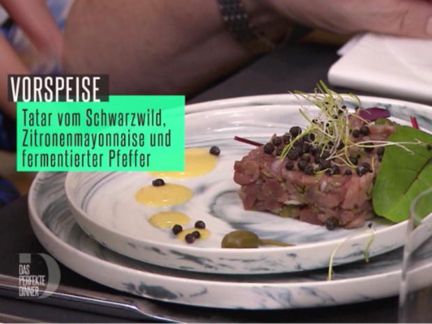 Tatar vom Schwarzwild mit fermentiertem Pfeffer und Zitronenmayonnaise - Rezept - Bild Nr. 2